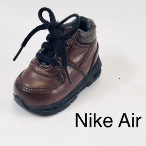 Nike Air Infant Leather Sneakers